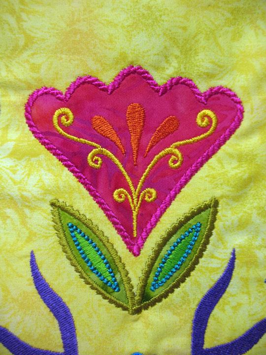PA-Dutch-flower-leaf-2